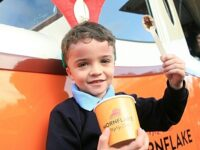 Mornflake gives schools breakfast boost in hospice festive fundraiser
