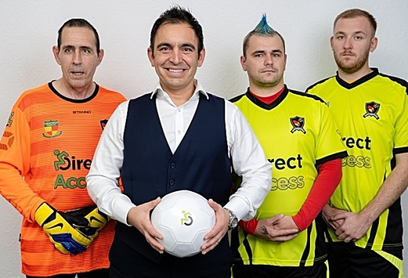 Steven Mifsud of Direct Access with Nantwich Wolves players