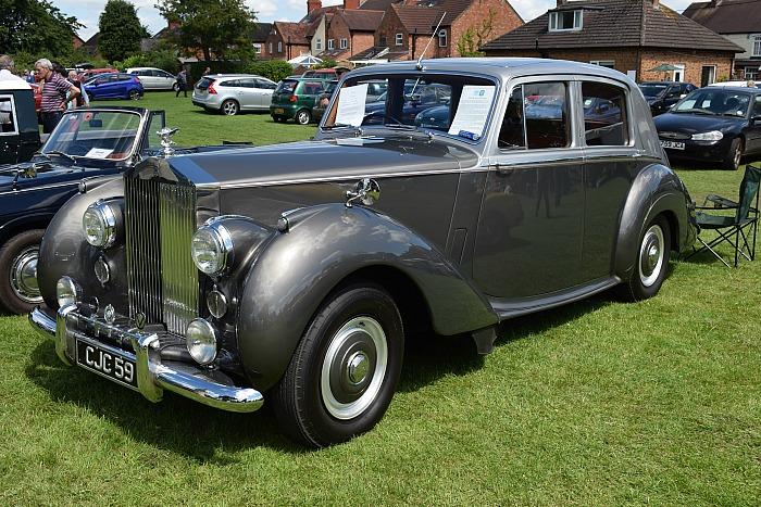 transport rally - 1954 Rolls-Royce Silver Dawn