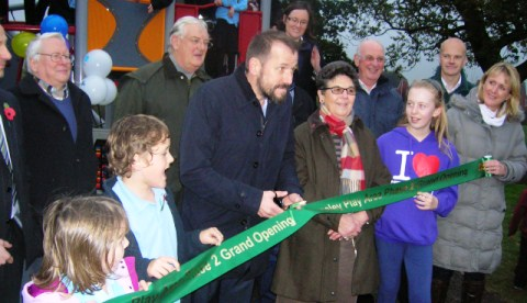 Nantwich TV star Ben Miller opens Stapeley play area