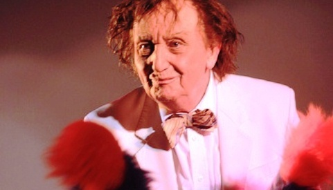 REVIEW: Comedian Ken Dodd tickles the Crewe Lyceum crowd