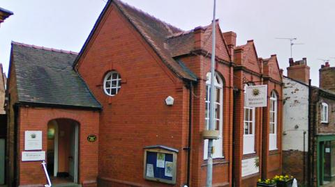Nantwich Museum to stage Diamond Jubilee poetry competition