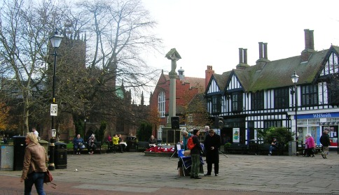 Nantwich town square to host live bands for Christmas shoppers