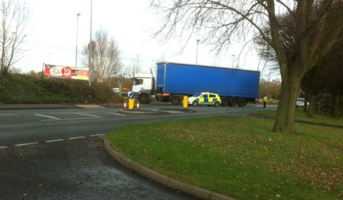 Police close Middlewich Road in Nantwich after lorry incident