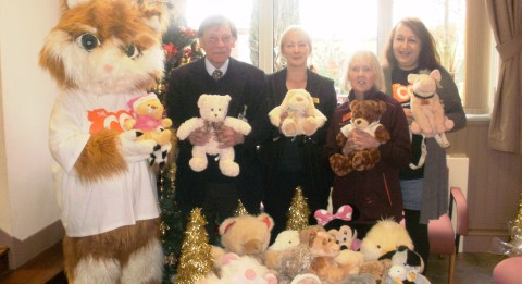 Hundreds of toys in Nantwich handed over to Wingate Centre