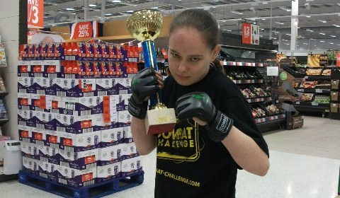 Nantwich cage-fighter prepares for all female bout