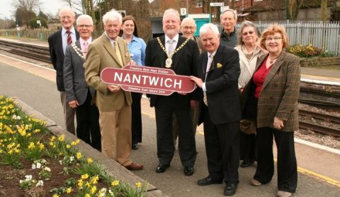 Nantwich train station unveils latest Cheshire award nameplate
