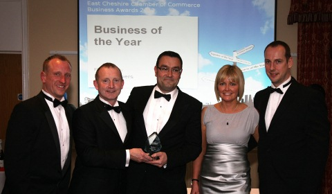 Nantwich Town sponsors County Insurance scoops business award