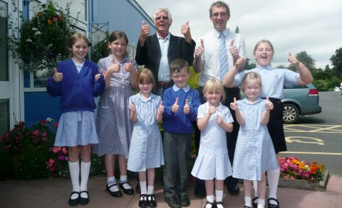 MP Edward Timpson visits Nantwich school for time capsule event