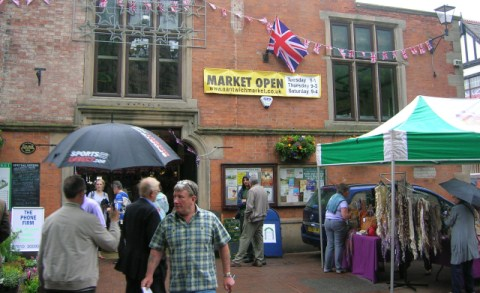 Nantwich market traders call for opening hours clampdown