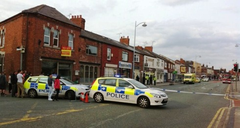 Police close Nantwich Road as man on roof sparks drama