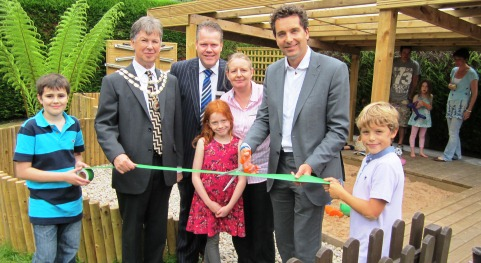 MP Edward Timpson opens new Nantwich Little Angels nursery