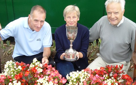 "Wistaston Jubilee Tennis Club scoops village ""in bloom"" award"