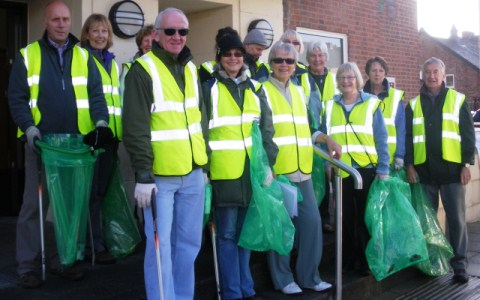 Nantwich Litter Group volunteers fill 22 sacks in just one hour
