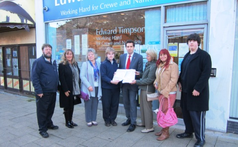"MP Timpson backs Crewe and Nantwich ""Green Gap"" 4,000-name petition"