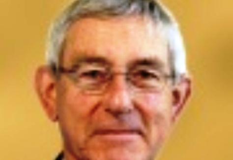 Cheshire East Cabinet's Rod Menlove quits over Lyme Green fiasco