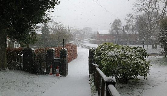 Snowy scenes in Wistaston (pic by Mike Turnbull)