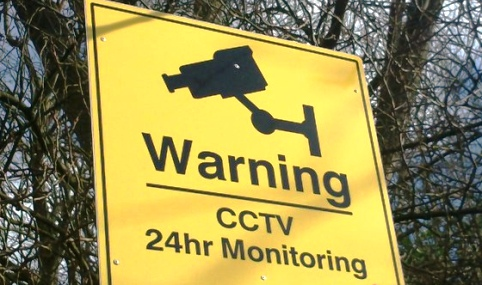 CCTV warning sign (pic by Sarah Reeve, StaffsLive)