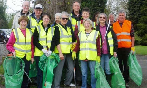 """Zero litter"" approach working in Nantwich, say volunteers"
