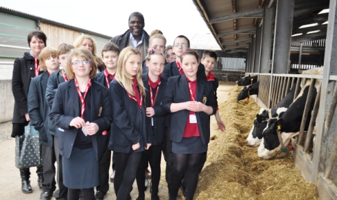 Malbank School pupils in Nantwich study Reaseheath College farm