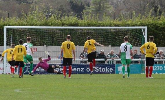 Evo-Stik Premier League: Nantwich Town 2 Blyth Spartans 1