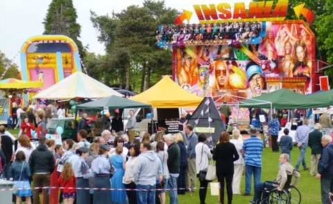 Hundreds enjoy annual Audlem Carnival on village playing field