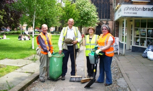 Nantwich volunteer groups give town centre a Spring Clean