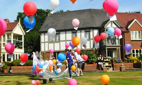 Richmond Village Nantwich balloon race raises £1,100 for St Luke's