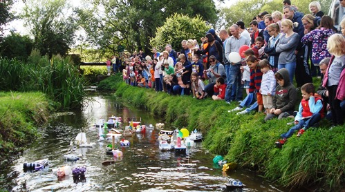 Childrens Model Boat Race Wistaston