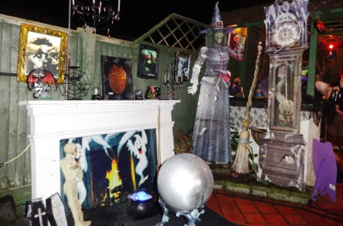 Halloween House attracts visitors from across South Cheshire