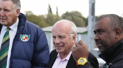 "FA Chairman Greg Dyke hails Nantwich Town as ideal ""community club"""