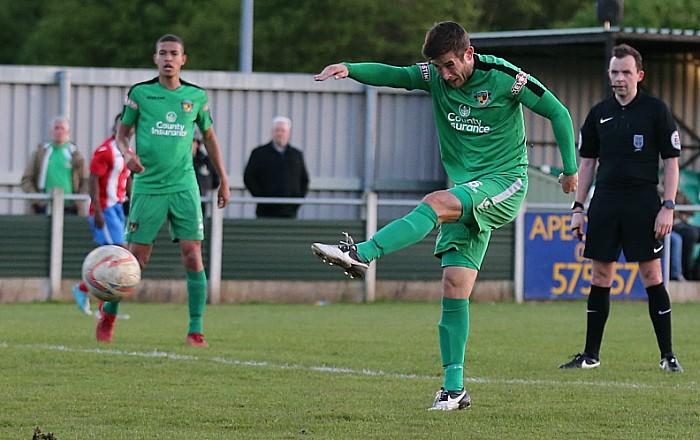 3rd goal - Matt Bell strike
