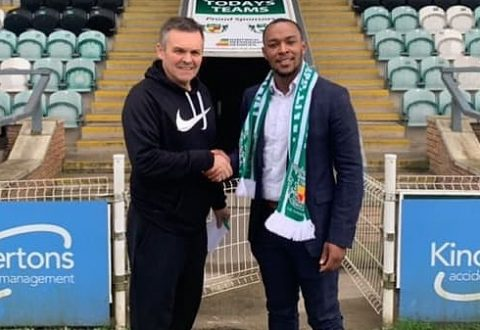 Aaron Burns returns to Nantwich Town on dual registration