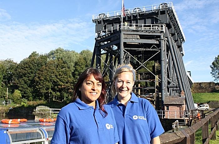 Active Waterways Cheshire Anika and Emma LR (1)