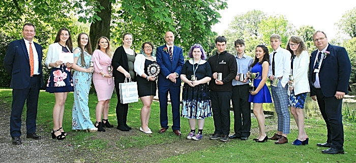 Animal Management winners with Dr Mark Pilgrim CEO Chester Zoo (1)
