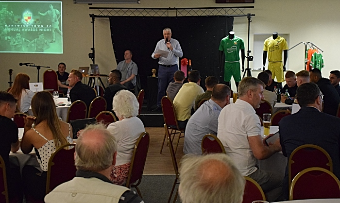 Awards Compere and Chairman Tony Davison addresses the audience (1)
