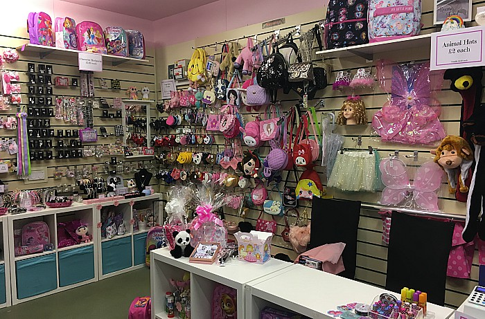 Bella's Bows - Nantwich indoor market