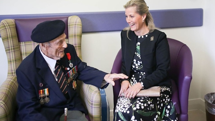 Bill Corn - 97 Years old - Normandy Landings with Countess
