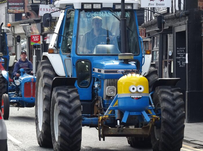 Tractor run Welsh Row