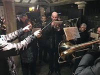 "Villagers enjoy Audlem ""Carols on the Square"" event"