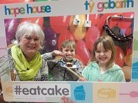 Eat Cake Week comes to Nantwich in aid of Hope House Hospice