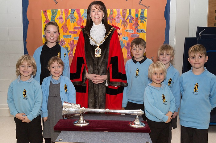 Cheshire East Mayor Olivia Hunter and pupils from Pear Tree Primary