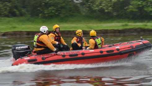 Cheshire Fire Service send crews and boat to help flood crisis areas