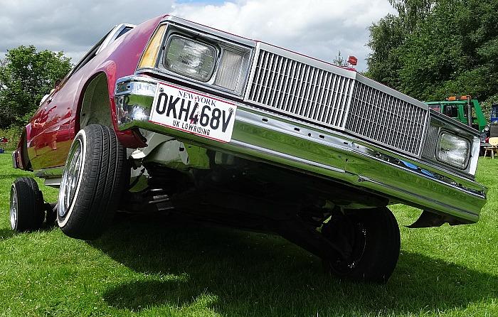 Chevrolet El Camino lowrider - vintage car rally