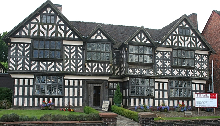 Churches Mansion in Nantwich - pic by Espresso Addict, creative commons licence