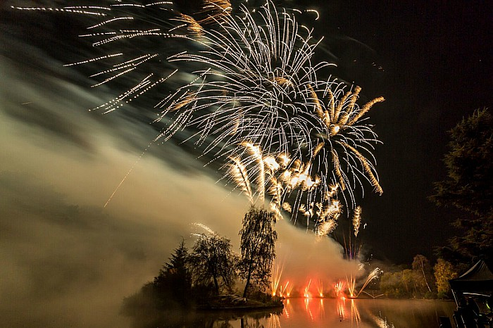 Crewe Lions Fireworks at Queens Park 4