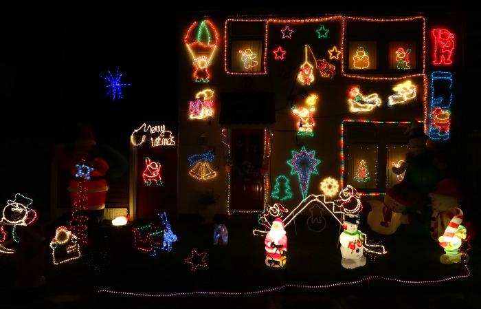 Crewe - Moreton Road, Christmas lights