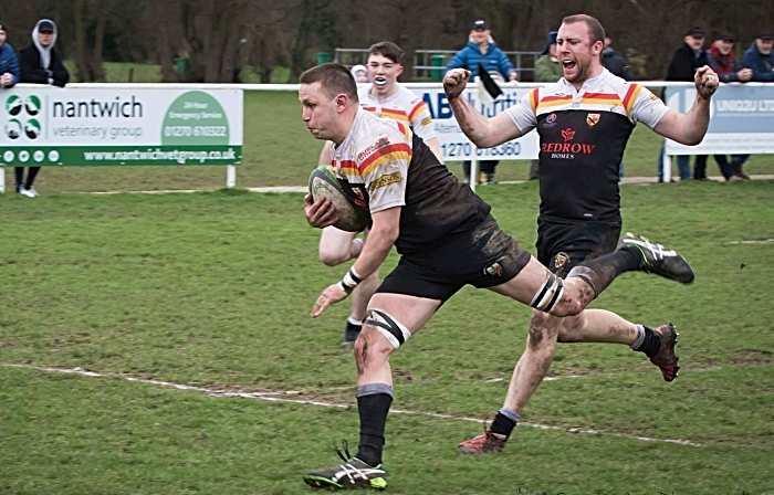 Crewe & Nantwich RUFC 1sts rugby v Leek 5