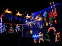 Nantwich and Crewe homes put on a Christmas lights show!