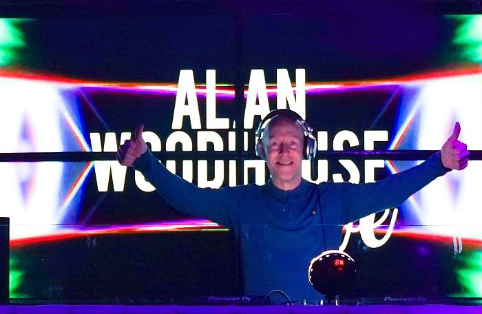 live gig - DJ Alan Woodhouse at Studio Nantwich (1)